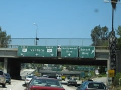 freeway sign markers